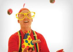 Goofball Juggling at Kids magic show